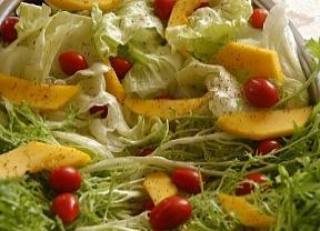 Resultado de imagem para salada de folhas verdes com manga
