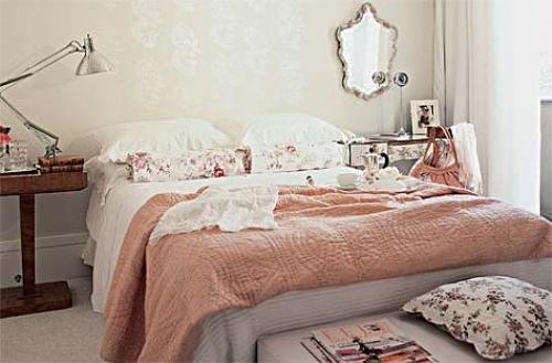 Aprenda decorar um quarto de casal no estilo romântico  ~ Um Quarto Romantico