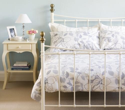 Aprenda decorar um quarto de casal no estilo rom ntico - Camas estilo romantico ...
