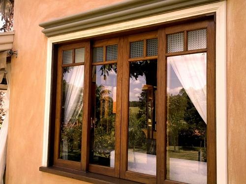 Tire as dúvidas de como escolher portas e janelas