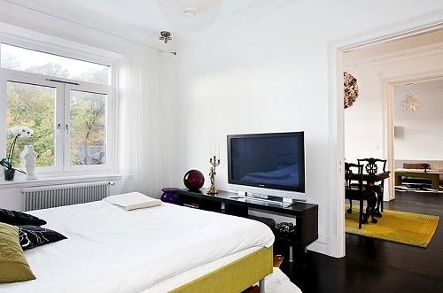 Veja regras básicas para instalar uma TV no quarto  TV no quarto  Casa e De