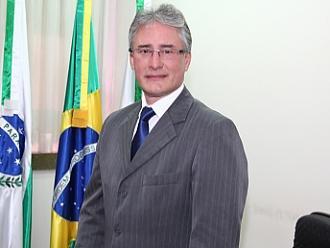 Prefeito de Cascavel se afasta por problemas de saúde