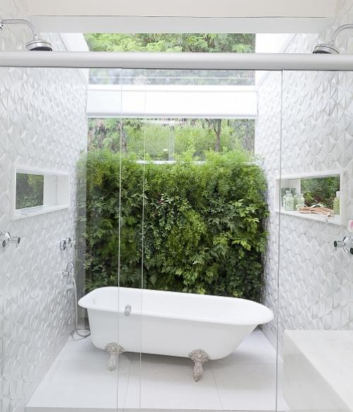 Aposte nos nichos para manter os banheiros mais organizados  Banheiros  Cas -> Nicho Banheiro Cerâmica
