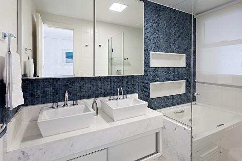 decoracao banheiro nicho : decoracao banheiro nicho:nos nichos para manter os banheiros mais organizados – Banheiros