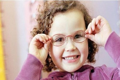 ddd3304d5a02f Cuide dos pequenos! Conheça os problemas de visão mais comuns nas ...