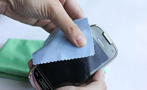 Como Limpar o celular corretamente http://www.cantinhojutavares.com