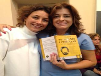 Foto divulga��o. - As autoras Mayra Corr�a e Castro e Izabela Loures.