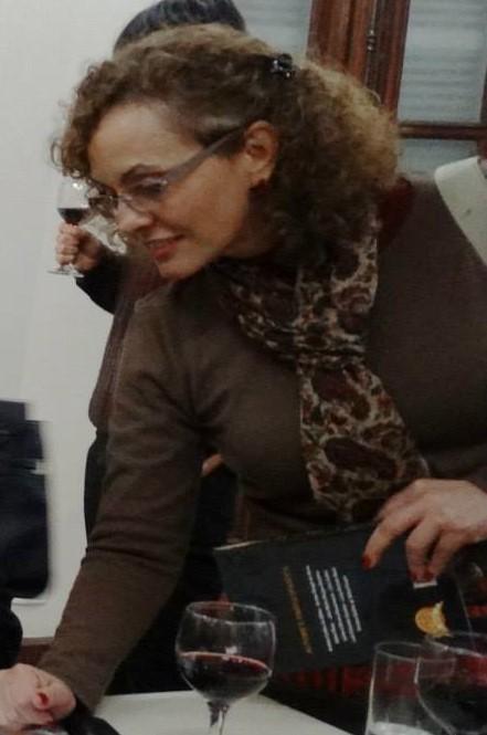 A poeta Izabel Rosa no Palacete dos Le�es.