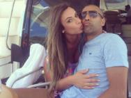 Nicole Bahls assume relacionamento com Sheik e alfineta Fontenelle