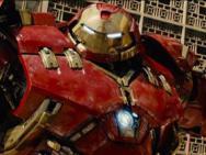 Hulk e Homem de Ferro travam batalha em 'Vingadores 2'