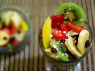Salada de frutas � uma �tima op��o de sobremesa e auxilia no combate ao estresse