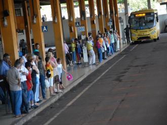 Ap�s 22 meses, transporte coletivo continua sem acordo em Londrina