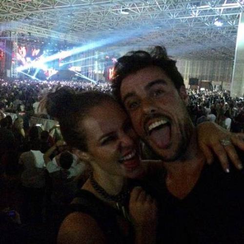 Reprodução/Instagram - Paolla Oliveira e Joaquim Lopes no show do DJ David Getta