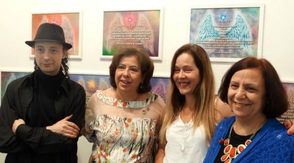 O curador Carlos Zemek, e as poetas Arriete Rangel de Abreu, Helena Gomes e Isabel Furini