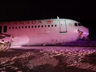 Avi�o sai da pista durante pouso e deixa 23 feridos no Canad�