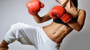 Sete lutas que torram calorias e transformam o corpo feminino