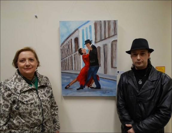 O curador Carlos Zemek e a artista pl�stica Neiva Passuello.