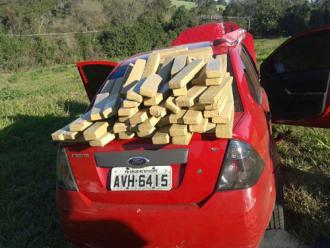 Londrina: carro com 50 kg de maconha � abandonado perto de condom�nio de luxo