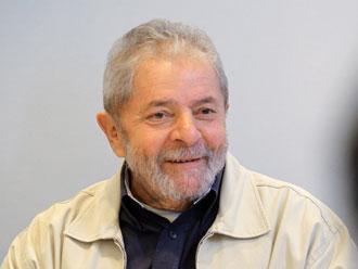 Instituto Lula � atingido por bomba caseira