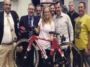 Triatleta recupera em Sorocaba bicicleta furtada no Paran�