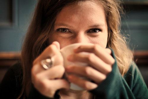 Tomar café pode prolongar sua vida, diz estudo