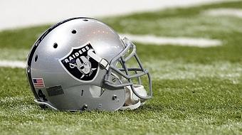 Raiders renovam contrato com est�dio e seguem em Oakland