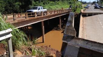 Ponte antiga da Mabio Gon�alves Palhano deve ser totalmente liberada at� o final do m�s