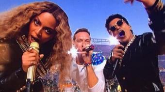 Coldplay, Beyonc� e Bruno Mars arrancam elogios no show do 'Super Bowl 50'
