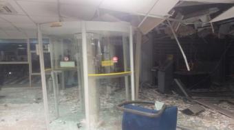 Policias são alvejados durante roubo a banco na região de Londrina