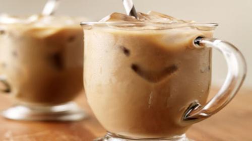 Veja os benefícios e comemore o Dia Internacional do Café com um drink irresistível