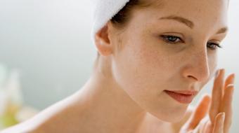 Confira dicas para manter uma pele bonita e saud�vel em cada fase da vida