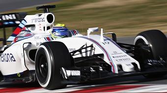Massa comemora trope�o da Red Bull e quinto lugar na R�ssia