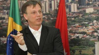 Prefeitura de Londrina anuncia corte de comissionados e volta do Profis