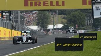 Chefe da Mercedes exalta rivalidade entre Hamilton e Rosberg