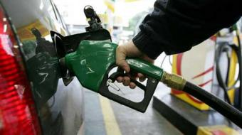 Procon multa 28 postos por reajuste abusivo de combust�vel em Londrina