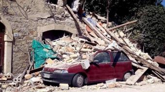 Sobe para 247 total de mortos por terremoto na It�lia