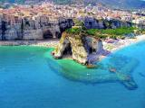 Banhada por quatro mares: conhe�a as 15 praias mais espetaculares da It�lia