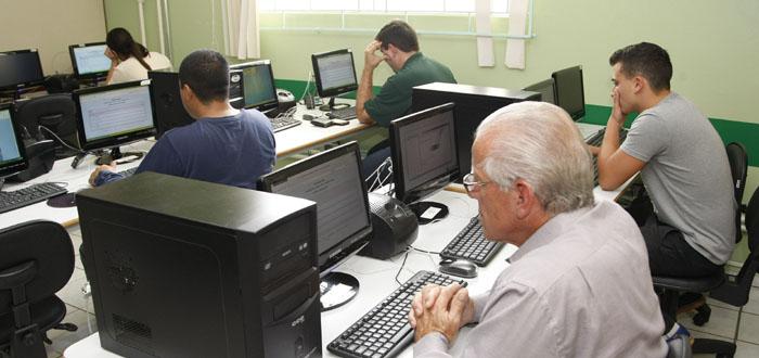 Londrina abre inscrições para exame de conclusão do ensino médio
