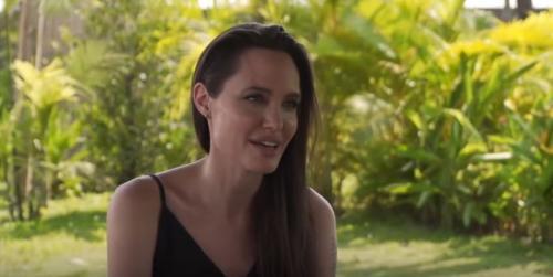 Reprodução/YouTube - Jolie em entrevista à BBC