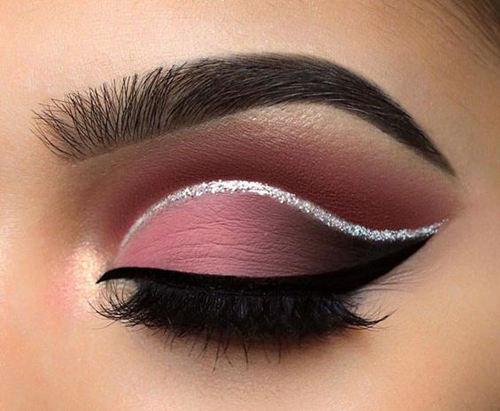 Black Lipstick Is Winters Hottest Lipstick Trend