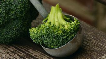 10 alimentos para aliviar os sintomas do estresse e da ansiedade