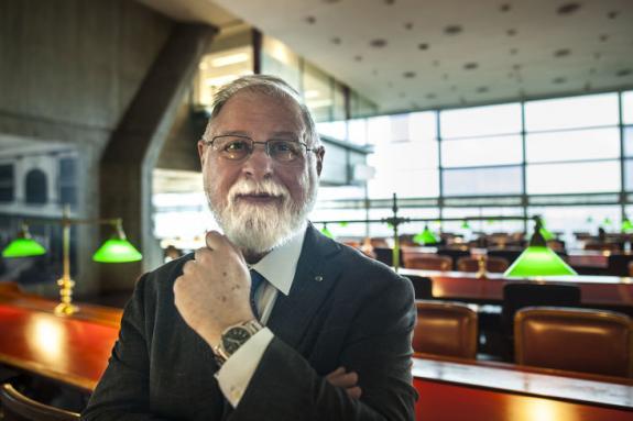 O escritor Alberto Manguel - Fotografia de Elisandro Dalcin