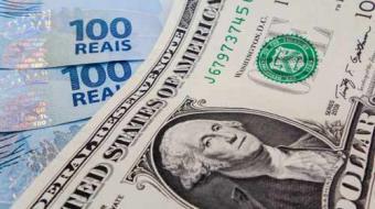 Dólar cai 3,9% e bolsa sobe 1,69% após quinta-feira atribulada