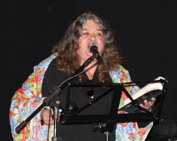 Silvana mello - Poetisa Regina Bostulim