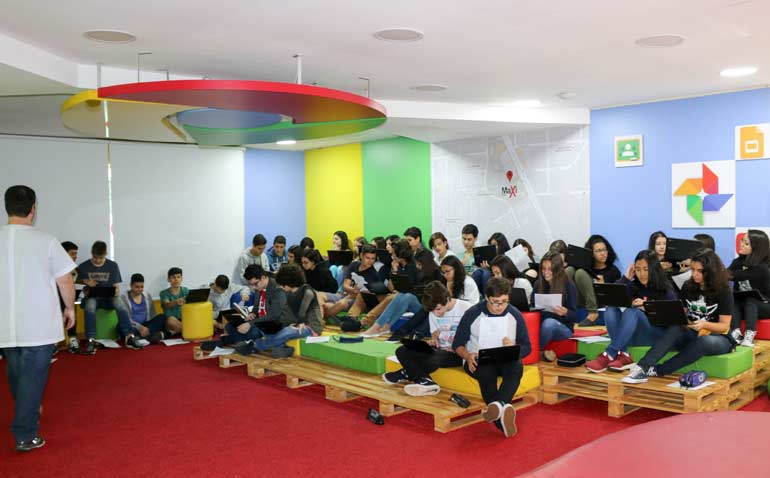 Sala de Aula Google for Education com uso de Chromebooks