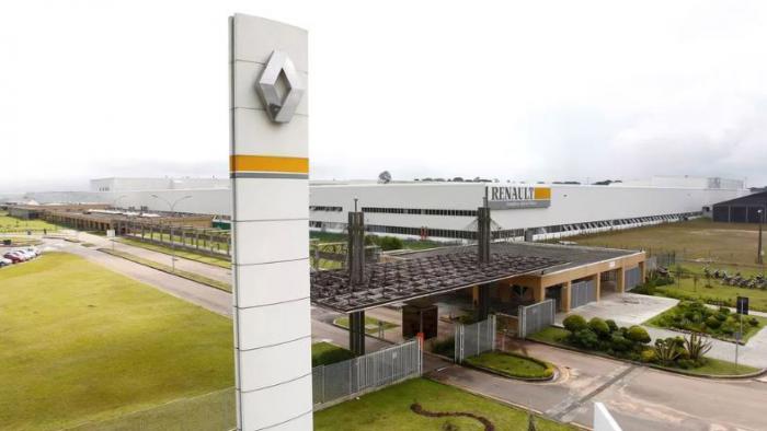 Renault vai readmitir 747 empregados em So Jos dos Pinhais