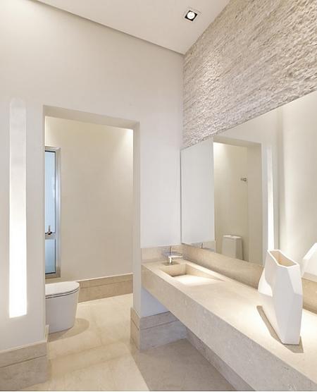 decoracao teto banheiro:Cinco ideias para dar um 'upgrade' em banheiros brancos – Banheiro